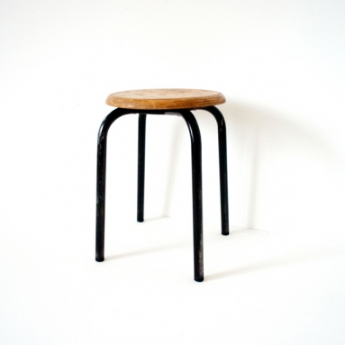Jean Prouvé / Stacking stool : type four legs 1936